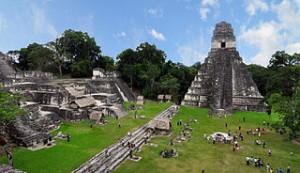 320px-Tikal_mayan_ruins_2009